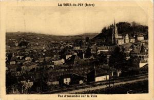 CPA  La Tour-du-Pin (Isére) - Vue d'ensemble sur la Ville  (652752)