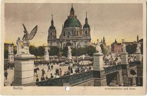Germany Berlin Schlossbrücke und Dom 01.20