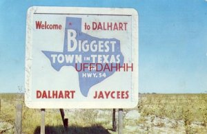 JAYCEES WELCOME MARKER TO DALHART, THE BIGGEST TOWN IN TEXAS ON HWY. 54 1961