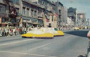 TACOMA, Washington, 1950-1960s ; Daffodil Parade