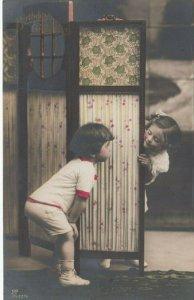 RP; BIRTHDAY Greetings, 00-10s; Children playing peek-a-boo