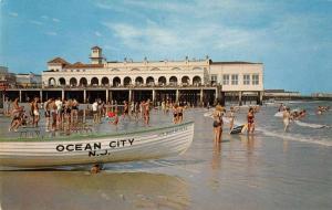 Ocean City New Jersey Beach Scene Vintage Postcard J66235