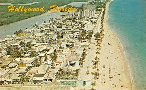 HOLLYWOOD FLORIDA~BIRDS EYE VIEW OF HOLLYWOOD BEACH~AERIAL VIEW POSTCARD
