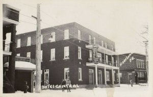 RP: Terrebonne , Quebec , 1940s Hotel Central, Taverne Restaurant Hardware Store