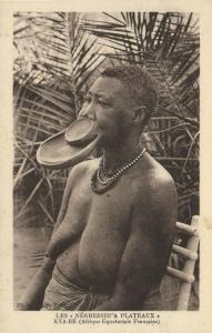 french equatorial africa, Native Woman Lip Plate, Plateaux, Lippenneger 1920s (2