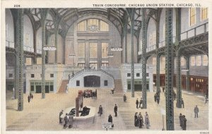 CHICAGO, Illinois, 1900-1910s; Train Concourse, Chicago Union Station
