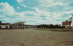SUSSEX , New Brunswick , 1950-60s ; Timberland Motel