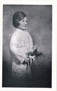18 Mrs Carolyn Bond Original Doll Made By Madonna Inlow Moberly Missouri