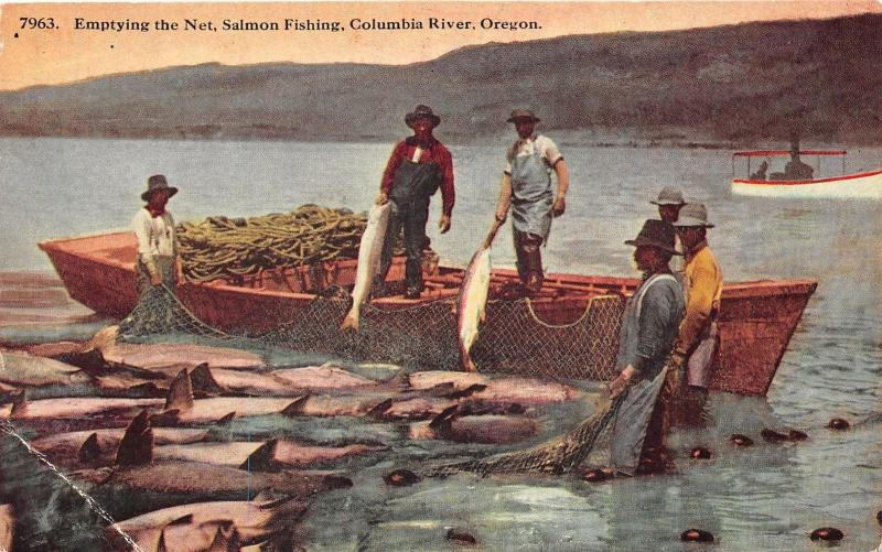 Columbia River Oregon~Salming Fishing Scene~Fishermen Emptying Net from Boat~Pc