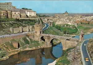 Spain Toledo Puente de Alcantara y vista parcial