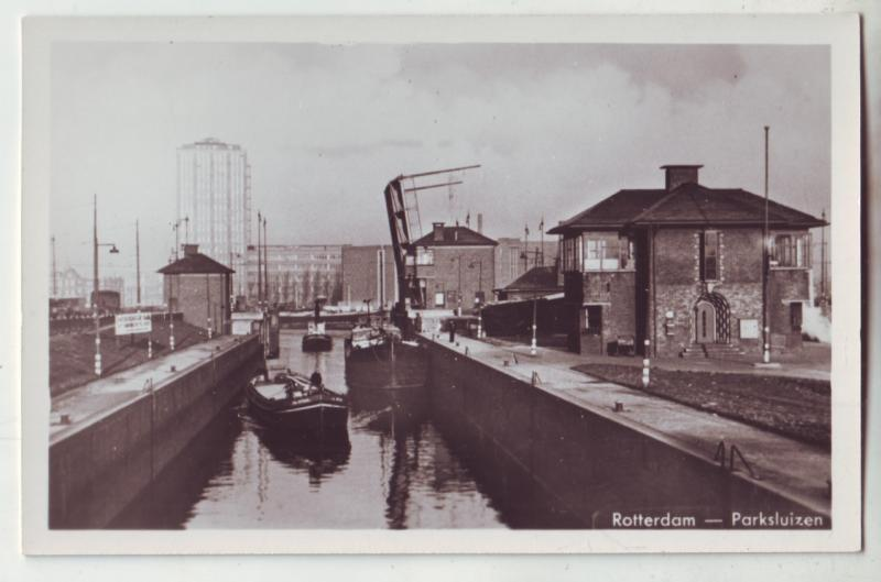 P985 vintage dutch netherlands photo rotterdam boats canal-parksluizen