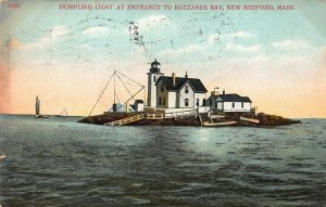 NEW BEFORD MA~DUMPLING LIGHT~LIGHTHOUSE AT ENTRANCE TO BUZZARDS BAY POSTCARD