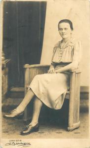 Romania social history studio Buzdugan Bucharest photo postcard woman portrait