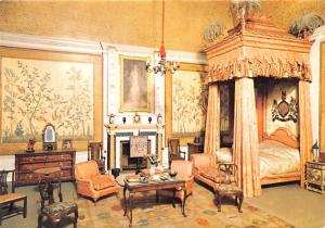 Queen Mary's Dolls' House - Windsor