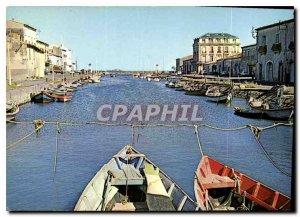Postcard Modern Marseillan Herault Vur on the marina