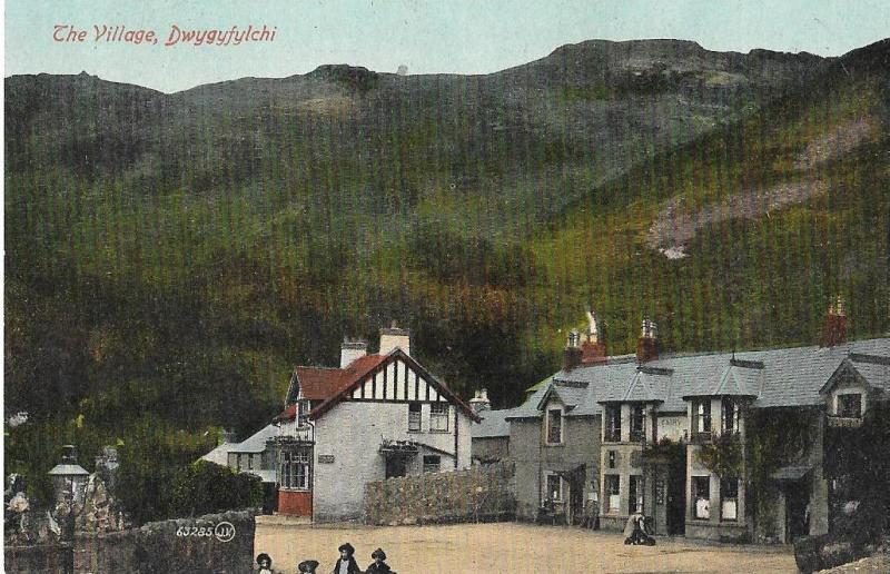 Wales  -  Dwygyfylchi Village  c 1910 Unposted #130