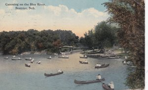 BEATRICE , Nebraska , 1915 ; Canoeing on the Blue River
