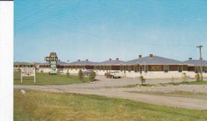 Blue Village Motel , CALGARY , Alberta , Canada, 50-60s