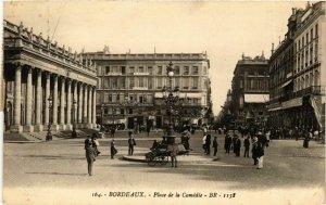 CPA Gironde BORDEAUX Place de la Comédie (982552)