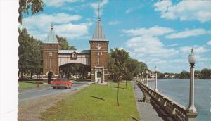 La Porte Des Maires A l'Entree De La Ville, St-Hyacinthe, Quebec, Canada, 194...