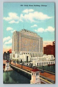 Chicago IL-Illinois, Daily News Building, Madison Canal, Linen Postcard