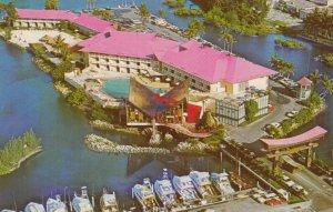 MIAMI BEACH , Florida , 1950-60s ; The Castaways