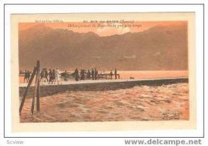 AIX-les-BAINS, France, 00-10s Debarquement de Hautecombe par gros temps
