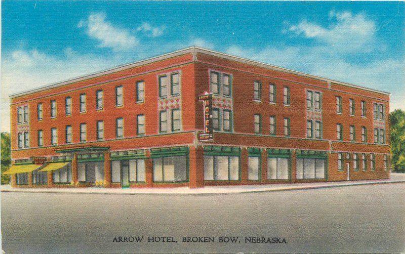 Arrow Hotel 1950s Broken Bow Nebraska Roadside Montgomery Postcard 2894