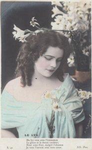 RP: Woman & flowers LE LYS , 00-10s