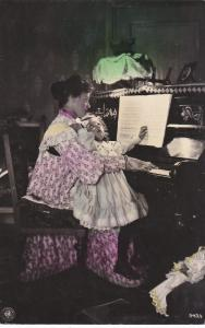 RP: Mother & Daughter on piano , PU-1910