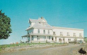 ST-GEORGES Est Station , Beauce, Quebec, 50-60s; Auberge ST-GEORGES