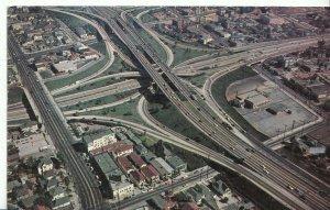 America Postcard - Los Angeles Freeway System - Los Angeles - California DP397