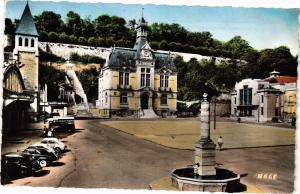 CPA CHATEAU-THIERRY Place de l'Hotel-de-Ville (202449)