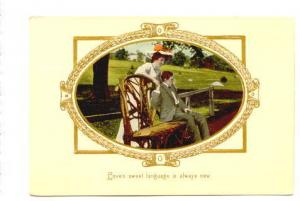 Couple, Oval with Gold Border Series Loves Sweet, 995, Printed in Saxony