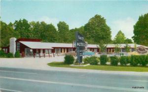 1950s Valley Motel roadside Terrre Haute Indiana Ryan postcard 1116