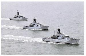 Postcard Royal Navy River Class OPVs HMS Mersey, Severn & Tyne in 2012 21D