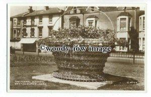 tq1165 - The Large  Floral Basket flower display, Weston-Super-Mare - postcard