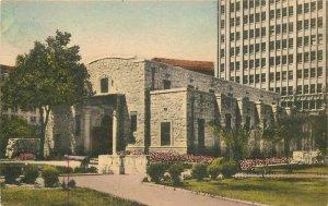 Albertype Alamo Museum San Antonio Texas hand colored 1920s Postcard 20-1068