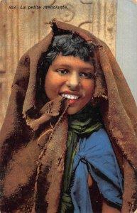 Libya Petite Mendiante, Nella Libia Italiana Postcard