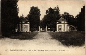 CPA RAMBOUILLET - Le Parc-La Lauterie de Marie-ANTOINEtte-L'Entrée (359244)