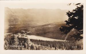 RP; Bird´s Eye View of Lake Louise, Alberta, Canada, 10-20s