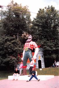 Paul Bunyan and Babe - Old Forge, New York, camera photograph