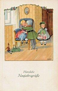 HERZLICHE NEUJAHRSGRUBE-HAPPY NEW YEAR~KISSING UNDER MISSILETOE-P EBNER POSTCARD