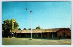 CALEXICO, CA ~ DON JUAN MOTEL  c1950s Roadside Imperial  County Postcard