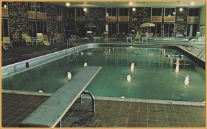 International Falls, Mich., Holiday Inn Indoor Pool