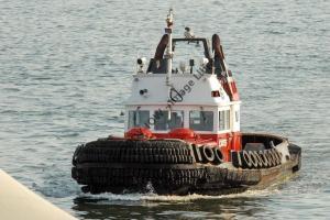 ap0834 - Canadian Tug - Charles H Cates VI - photo 6x4
