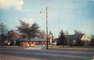 Inkster Michigan~Hall's Motel Cabins on US 112~near Detroit~1950s Postcard