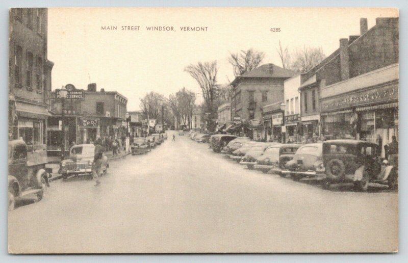 Windsor Vermont~Main Street~The Spot~JJ Newberry 5&10c Store~1930s Cars~B&W PC