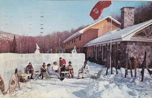 Ice Wall , Lac Quimet Club , ST. JOVITE , Quebec , Canada , PU-1969