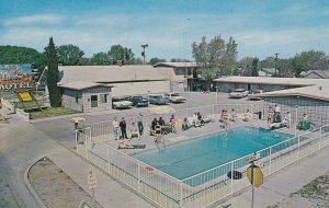 DEMING , New Mexico, 1950-60s ; Butterfield Stage Motel, Swimming Pool